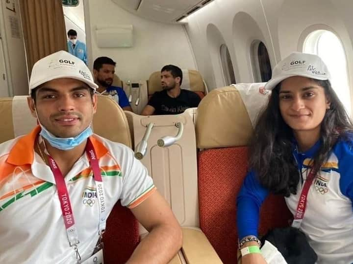 Neeraj Chopra Comes Out In Support Of Vinesh Phogat, Says She 'Brought Glory' To India