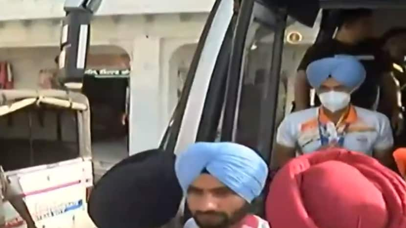 Indian Men's Hockey Team receives grand welcome in Punjab after winning medal