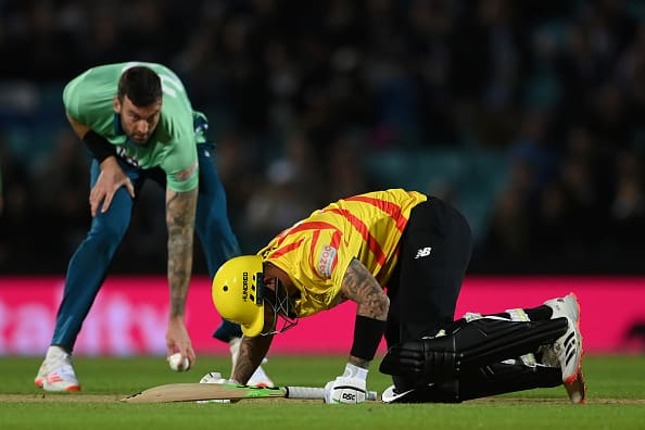 Ouch! Alex Hales Gutted After Back To Back Balls Hit His Crotch During The Hundred- Watch Video