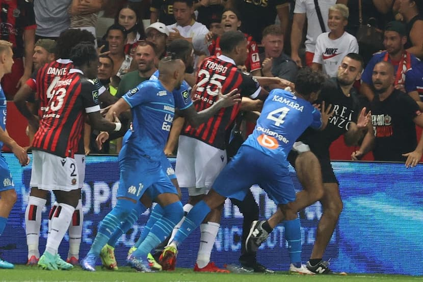 Ligue 1: Ugly Brawl Between Fans & Players Leads To Suspension Of Nice Vs Marseille, Watch