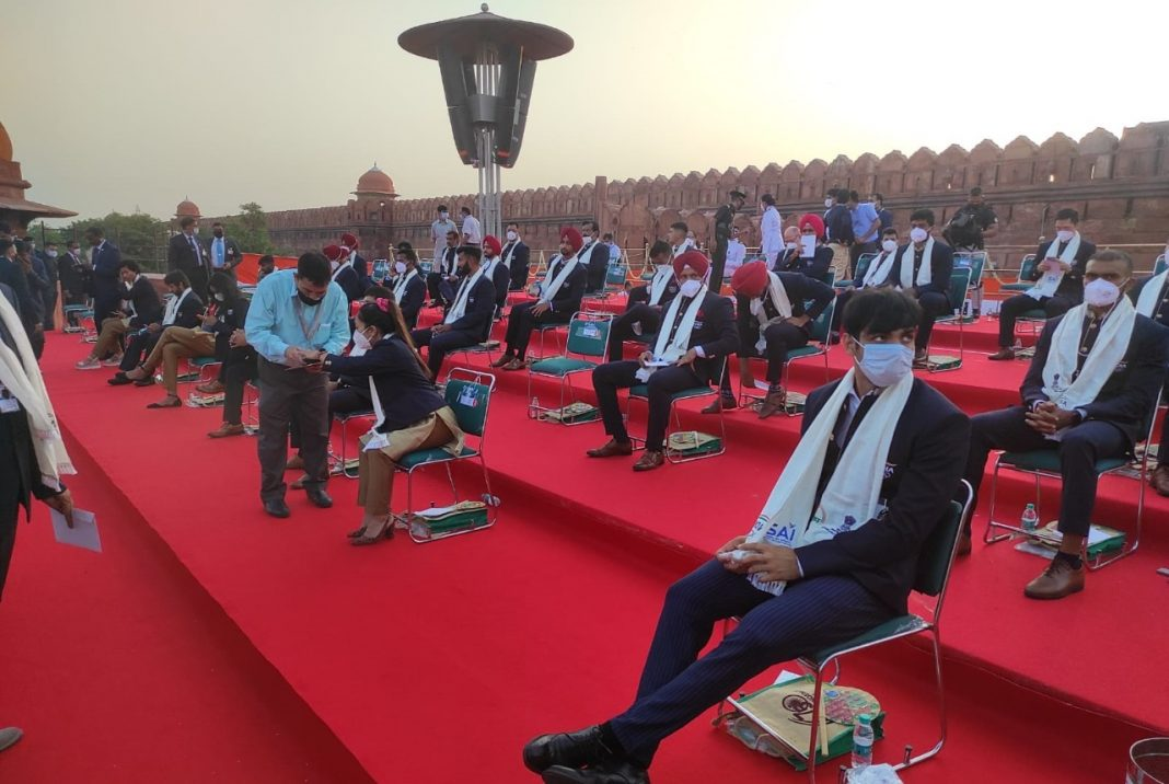 In A First, India's Olympic Athletes Join Independence Day Celebration At Red Fort