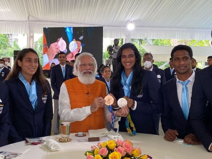 In PICS   PM Modi Hosts India's Tokyo 2020 Olympians At His Residence In Delhi