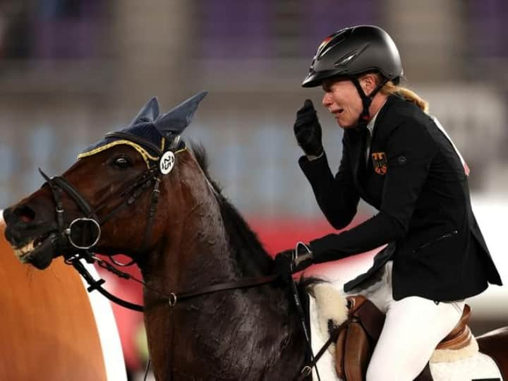 Pentathlete Annika Breaks Down As She Goes From 1st To 31st Place After Horse Refuses To Jump