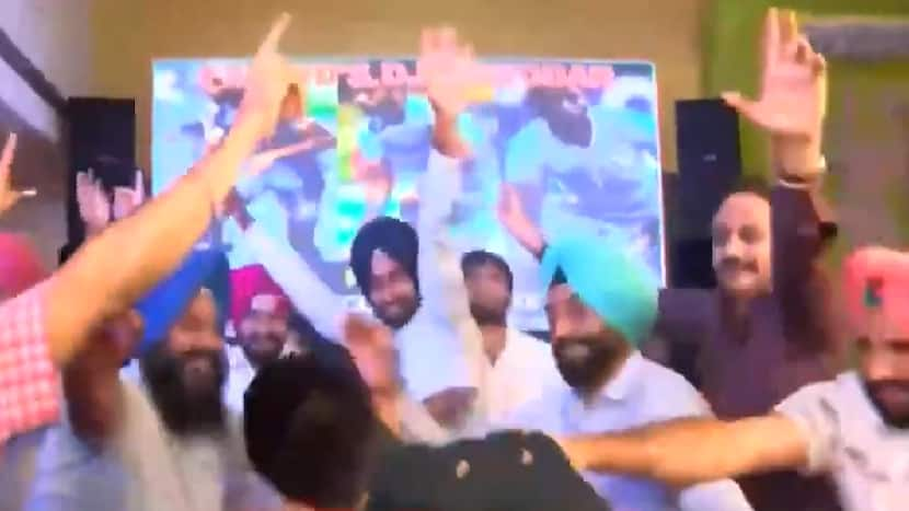 When present & former Captains of Indian men's hockey team celebrated Bronze win at Olympics together