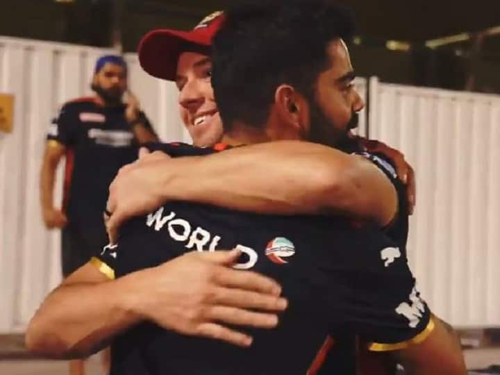 Watch   'Emotional' Virat Kohli Reunites With RCB, Gives AB de Villiers A Heartfelt Hug
