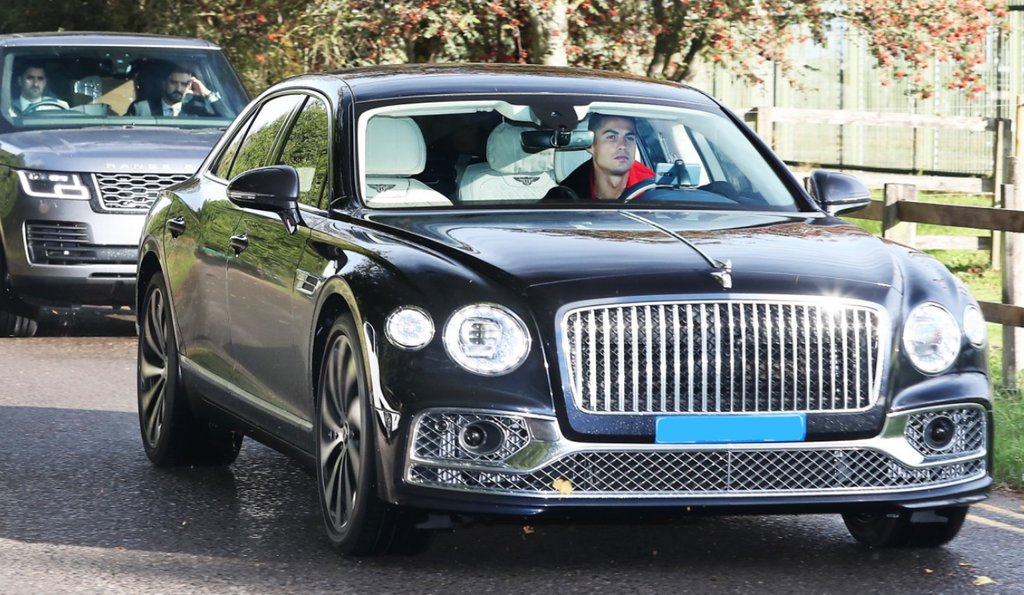 Cristiano Ronaldo Drives To Manchester United Training In £164k Bentley - See PICS