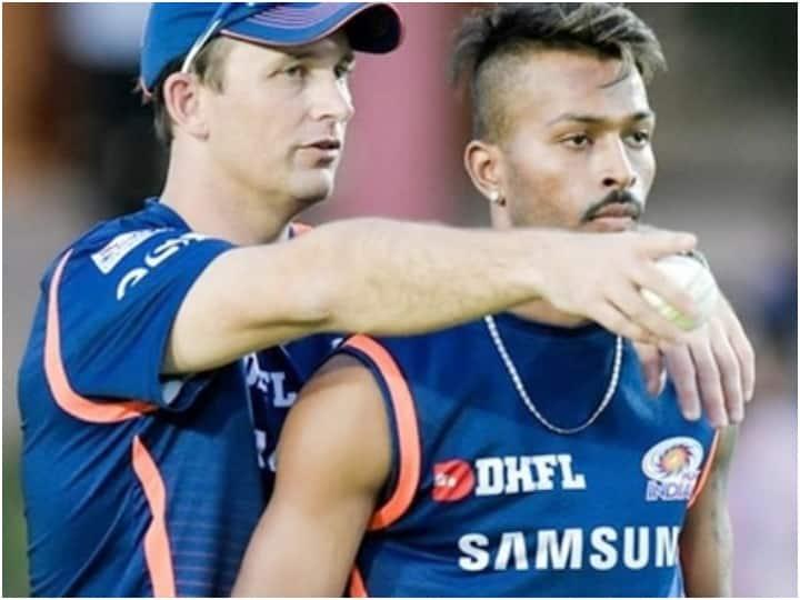 IPL 2021: Mumbai Indians Bowling Coach Gives Big Update On Hardik Pandya's Fitness & Comeback