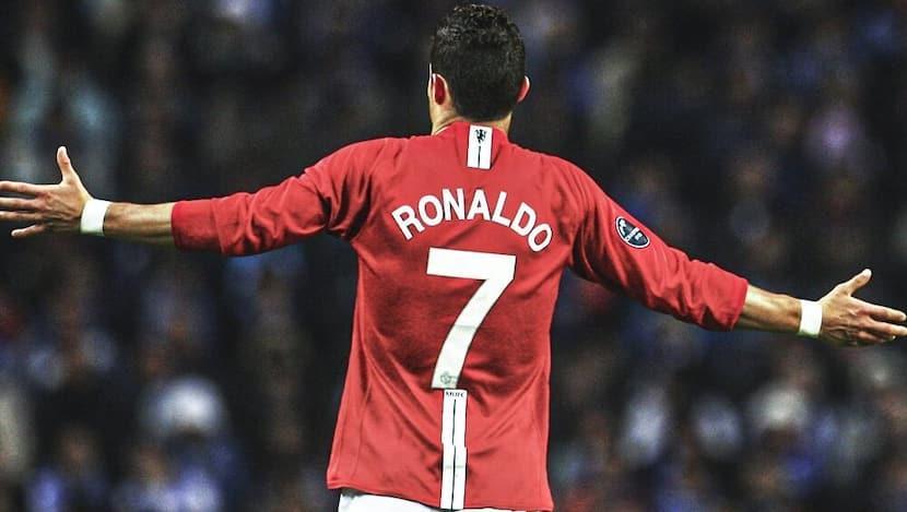 Cristiano Ronaldo To Wear Iconic No. 7 Jersey At Man United, CR7 Thanks Edinson Cavani