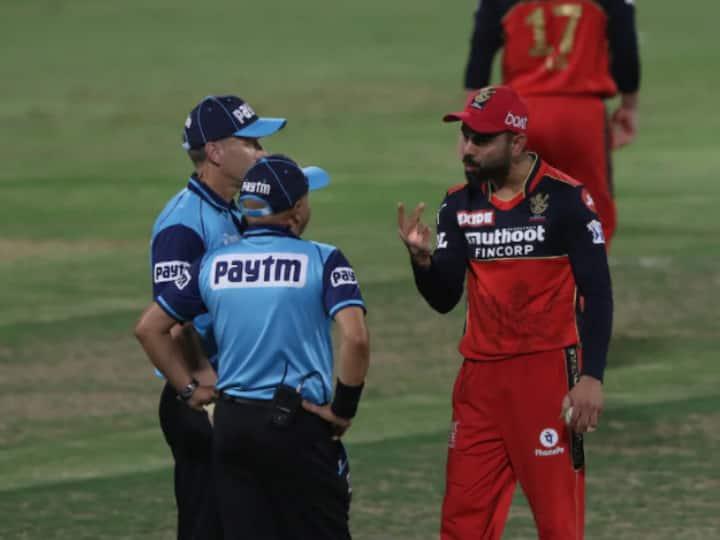 IPL 2021, RCB vs KKR: Angry Virat Kohli Throws Ball On Ground Before Confronting Umpires