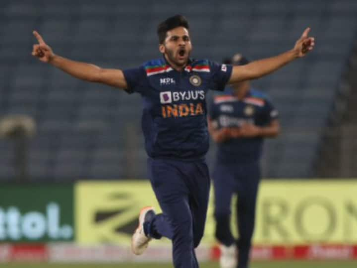 Shardul Thakur Replaces Axar Patel In Team India's T20 World Cup Squad