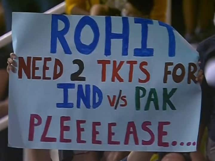 Fan Requests Rohit Sharma For A Couple Of Tickets For Ind vs Pak T20 WC Match, Pic Surfaces